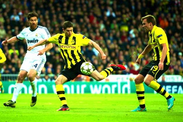 See GIFs of Robert Lewandowski's Spectacular Four Goals Against Real Madrid