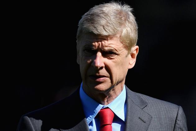 Wenger Says the Club Will Respect Manchester United Robin Van Persie