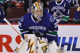 Canucks Recall Joe Cannata from AHL