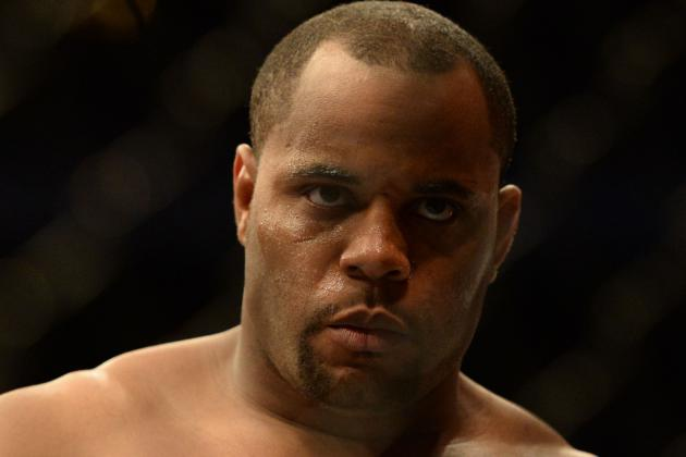 Daniel Cormier Could Receive Title Shot on Day 1 If He Moves to 205 Pounds