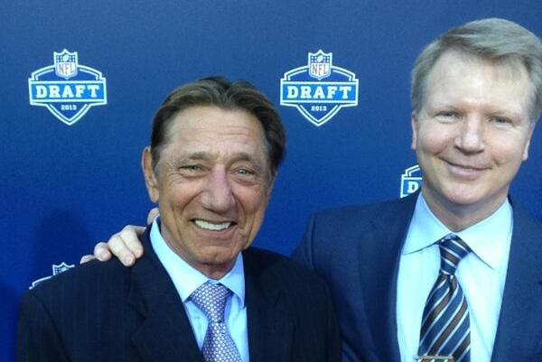 Joe Namath's Odd Behavior at 2013 Draft Conjures Up MNF Memories