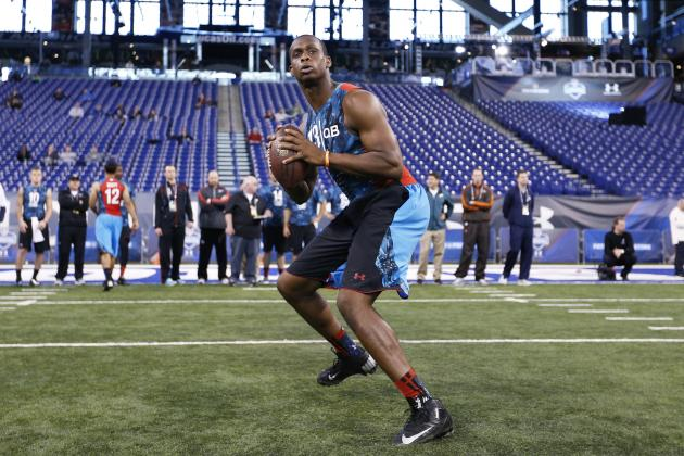 Report: Jets Trying to Move Up to Draft QB
