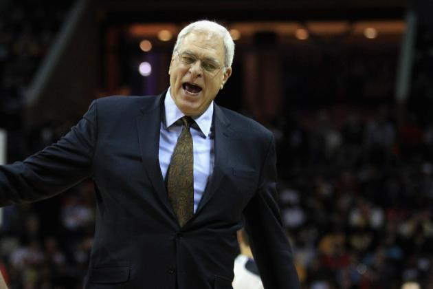 Toronto Raptors Reportedly Interested in Phil Jackson