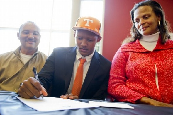 Tennessee Volunteers Football: Could Josh Dobbs Be Starting Quarterback in 2013?