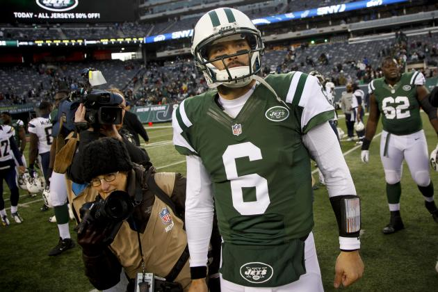 New York Jets Reportedly Considering Cutting Mark Sanchez