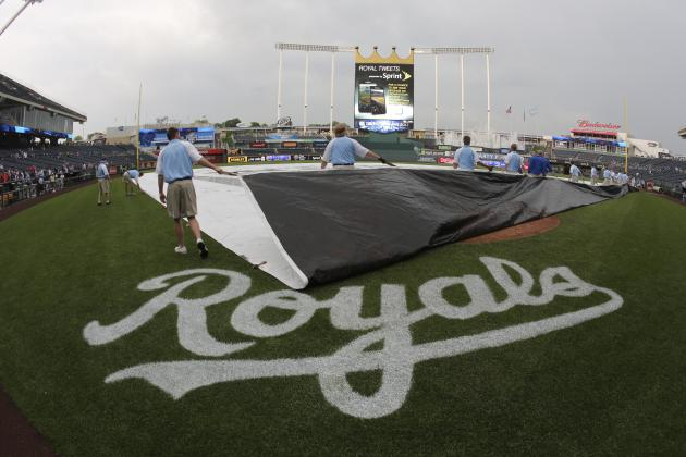 Indians-Royals Postponed; Doubleheader Set for Sunday