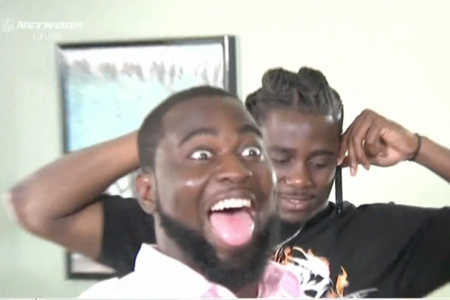 Denard Robinson Gets Photobombed at His Draft Party