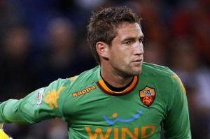 Stekelenburg out of Roma-Siena