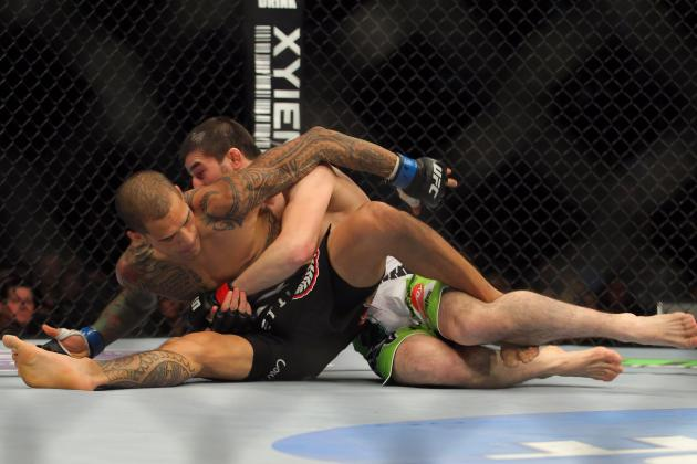 Rustam Khabilov vs. Yancy Medeiros Goes from Failed Suplex to Injured Thumb