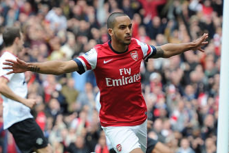 Arsenal's Theo Walcott Expects Nervy End to the Season
