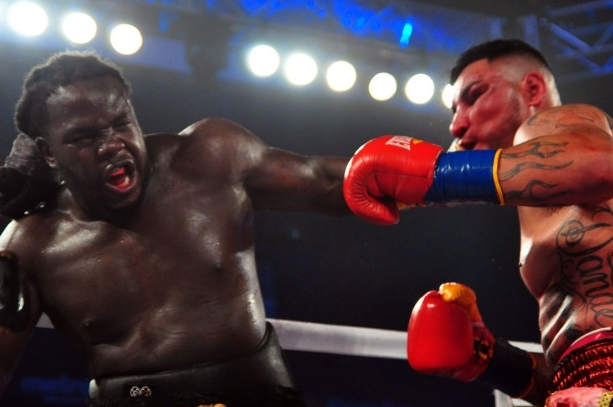 Photos: Stiverne Bloodies Arreola in Thriller