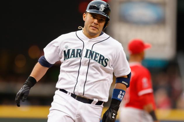 Mariners Beat Angels 2-1