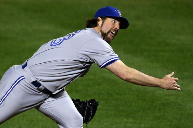 R.A. Dickey Says Yankees Were Stalling When Eduardo Nunez Had to See Trainer