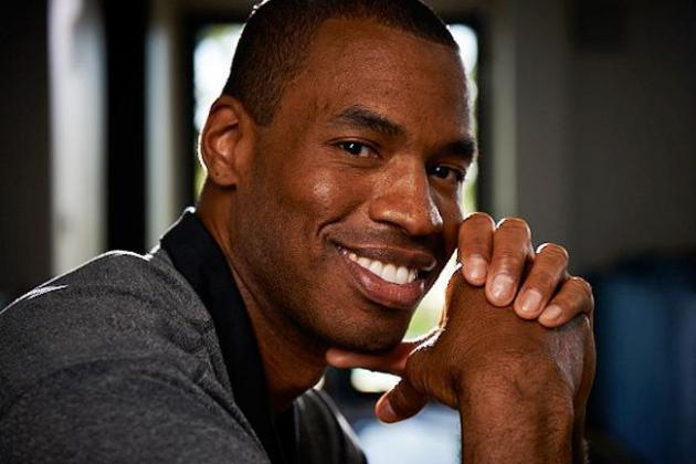 NBA Center Jason Collins Becomes League's First Openly Gay Active Player