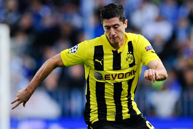 Robert Lewandowski Unlikely to Join Manchester United This Summer