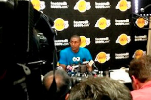 Metta's Hilarious Support of Jason Collins