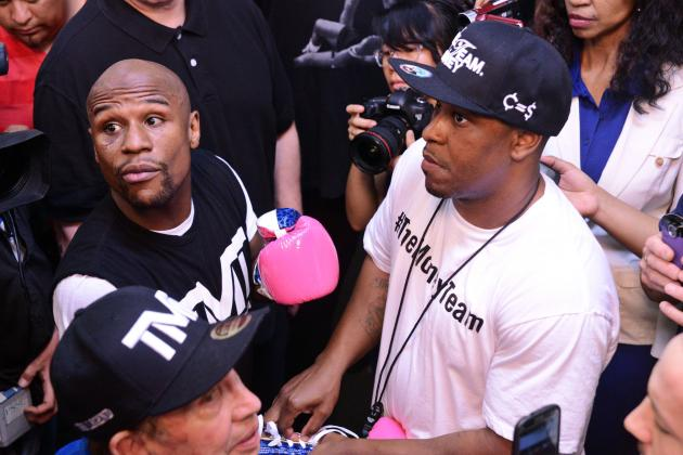 Floyd Mayweather Must Continue Antagonizing Robert Guerrero