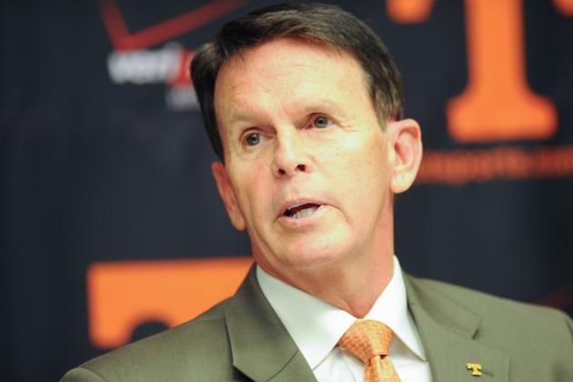 Athletic Director Dave Hart Receives One-Year Contract Extension