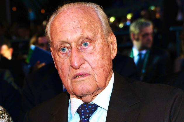 FIFA Honorary President Joao Havelange Resigns Due to Bribery Allegations