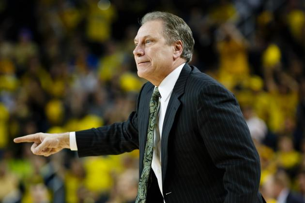 Izzo Laughs Off Pressure of Big Ten and NCAA Title Expectations