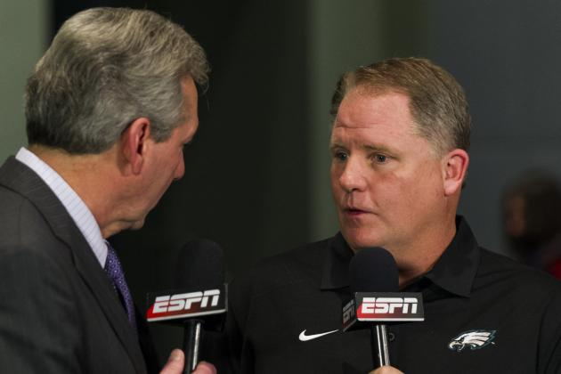 Chip Kelly Blames the Offensive Line for Michael Vick's Down Year