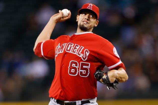 Angels May Have Found a Keeper in RHP De La Rosa