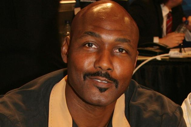 Karl Malone on Collins: Everyone Should Embrace What He Did