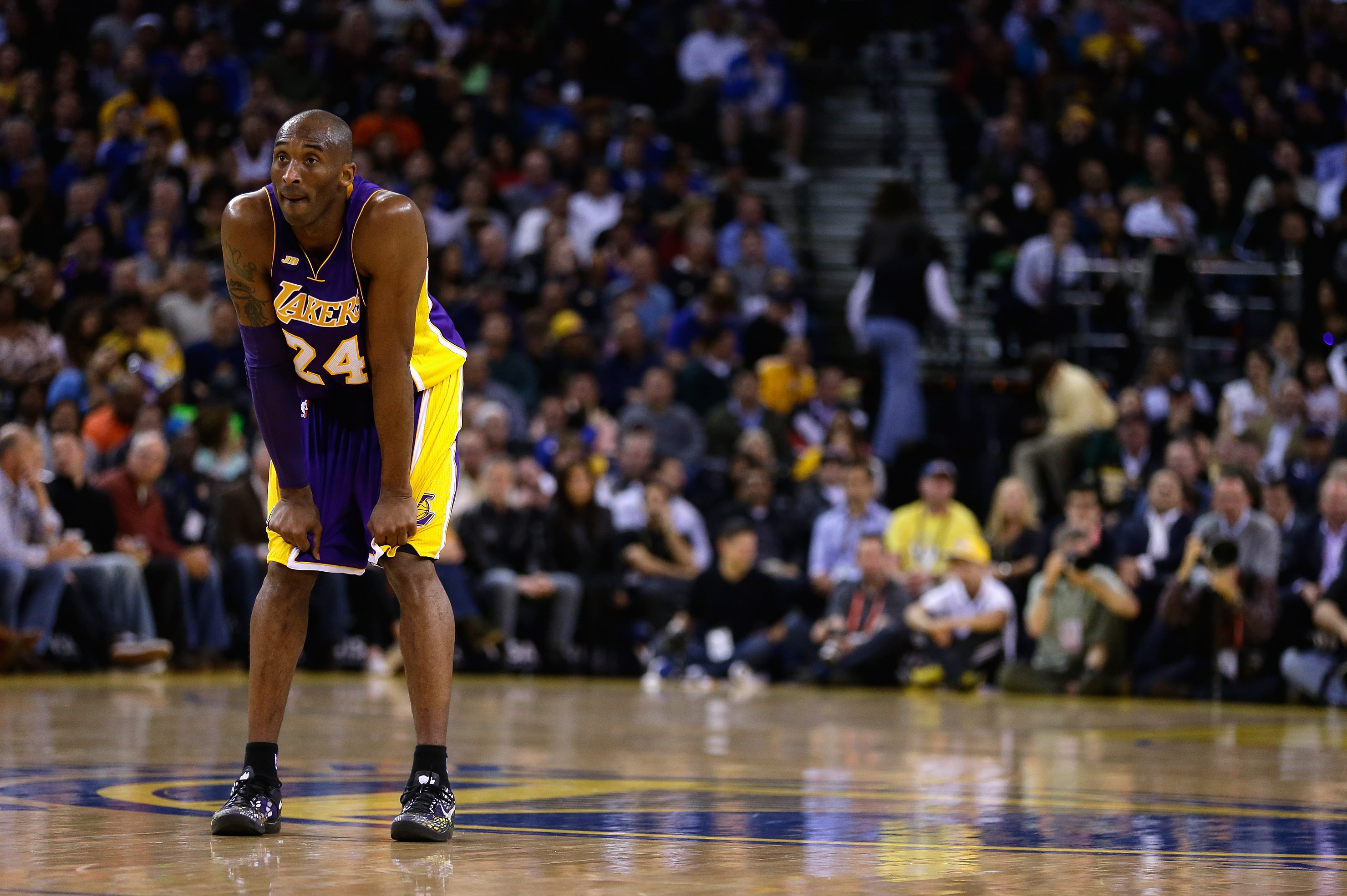 Kobe Byrant's Positive Outlook on Injury Shows Lakers Must Remain Optimistic Too | Bleacher Report