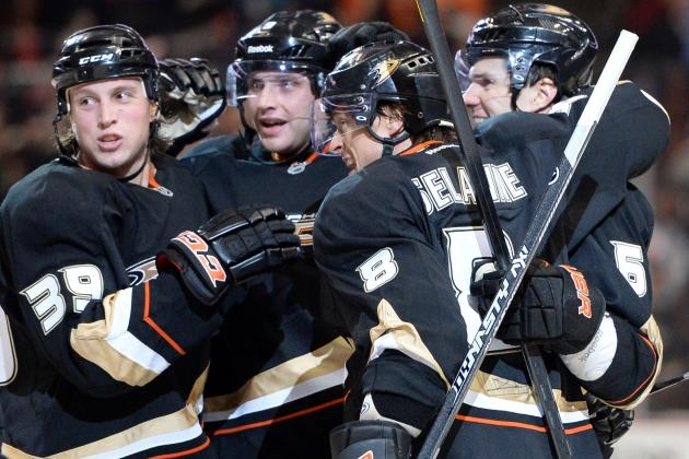 Selanne Fuels Ducks' 3-1 Win Over Red Wings