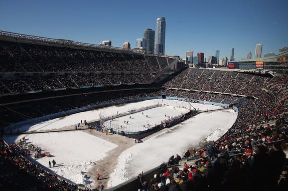 Blackhawks to Host Penguins Outdoors as Part of 'Stadium Series'