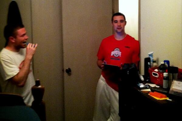 Aaron Craft's Roommates Have a Twitter Account, and It's Awesome