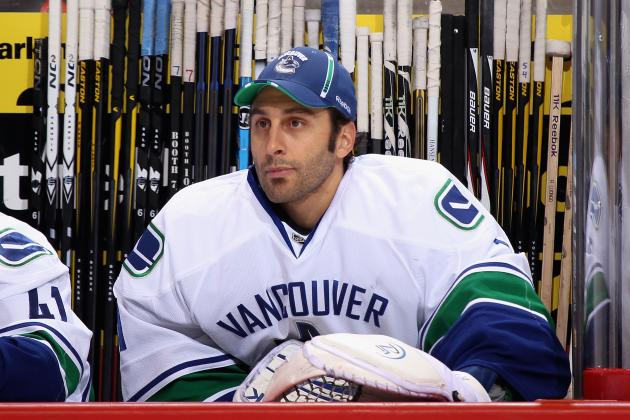 Roberto Luongo to Start Game 1 for Canucks for Injuried Cory Schneider