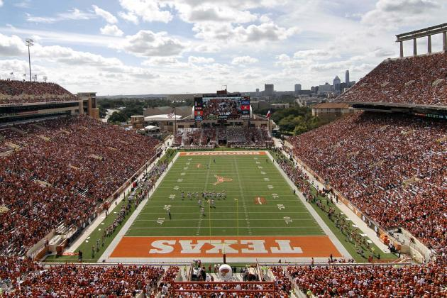Texas Installs New Artificial Turf at Royal-Memorial Stadium