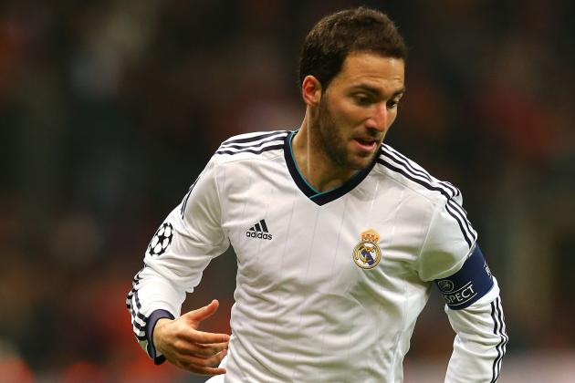 Real Madrid Set to Sell Gonzalo Higuain but Keep Karim Benzema