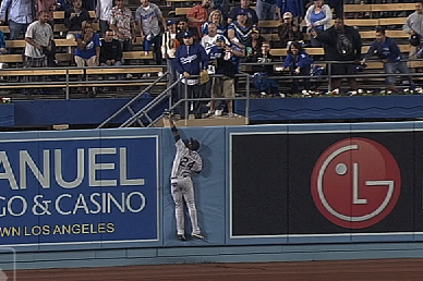 Watch: Fowler Robs 3-Run Home Run
