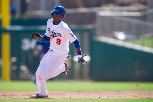 Dodgers May Move Dee Gordon to Second Base