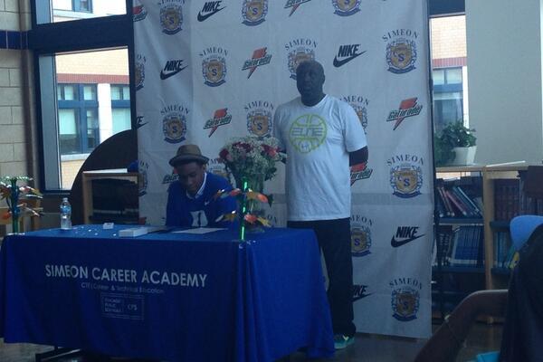 Jabari Parker Inks Duke Basketball Letter of Intent, Making It Official