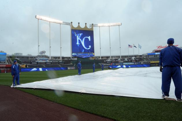 Rays-Royals Game to Be Replayed After Snow Strom Intrrupts 4th Inning