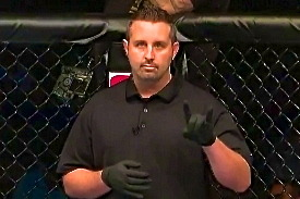 MMA Referee Rob Hinds Talks Eye Pokes, 10-10 Rounds, Communication and Focus
