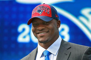 Jamie Collins Finds Skills Wherever He Plays