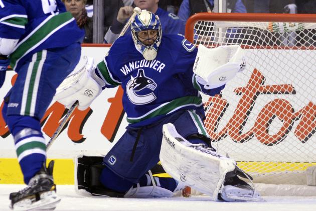 Luongo Will Start Game 2 for Regrouping Canucks
