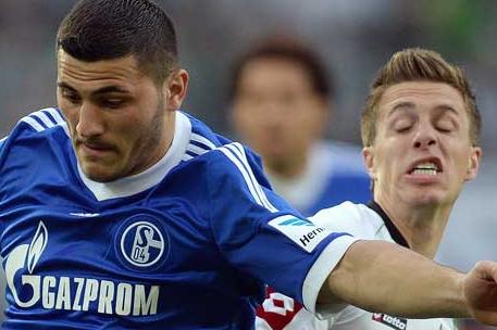 Schalke Beats Mönchengladbach 1-0
