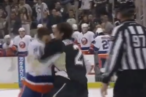 Video: Kyle Okposo Cuts Matt Niskanen in Fight