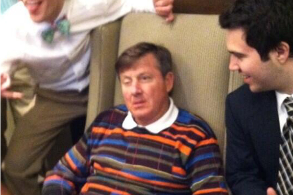 Sager Passes Out in Hotel Lobby