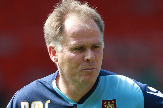 West Ham Coach Neil McDonald Praised Officials After Draw with Newcastle