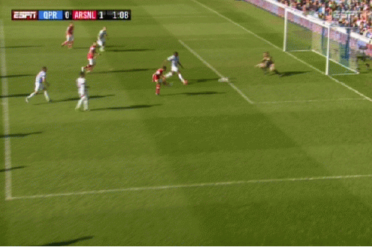 Walcott Puts Arsenal Ahead Early