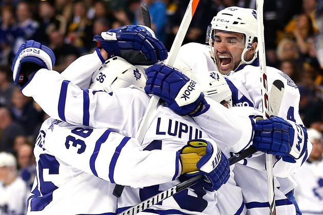 Maple Leafs double up Bruins, even series at 1