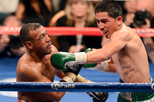 Photo Gallery: Santa Cruz vs. Munoz