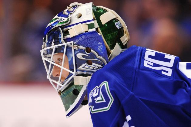 Cory Schneider Will Start Game 3 for Canucks