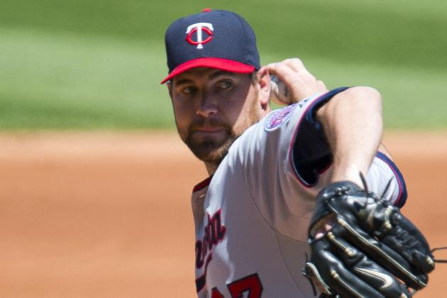 Pelfrey, Twins Snap Indians' Winning Streak